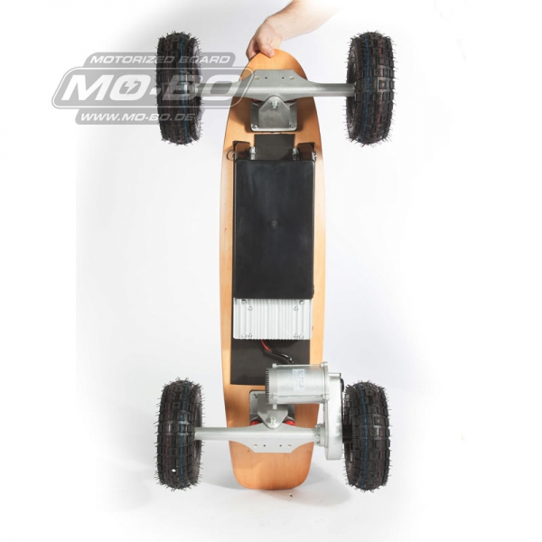 "MO-BO - Elektro-Skateboard ""Classic Wood"" 800 Watt X-TREM, Channel Trucks, 36V, Lithium 38 Ah"